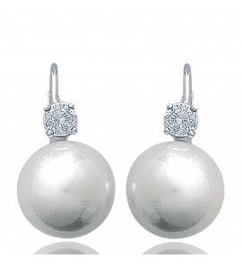 Boucles d'oreilles perles precieuses celèbres