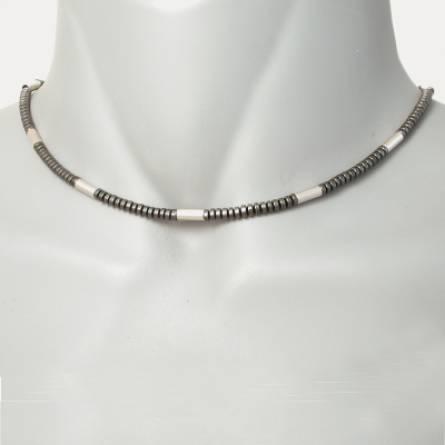 Sequentielle short necklace